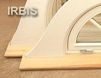 IRBIS Strzecharstwo. Podokiennik - listwa montażowa ułatwia połączenie konstrukcji okna z podokiennikiem wykonywanym na miejscu montażu przez strzecharza. Rozwiązanie gwarantujące szczelne połączenie, a tym samym trwałość!